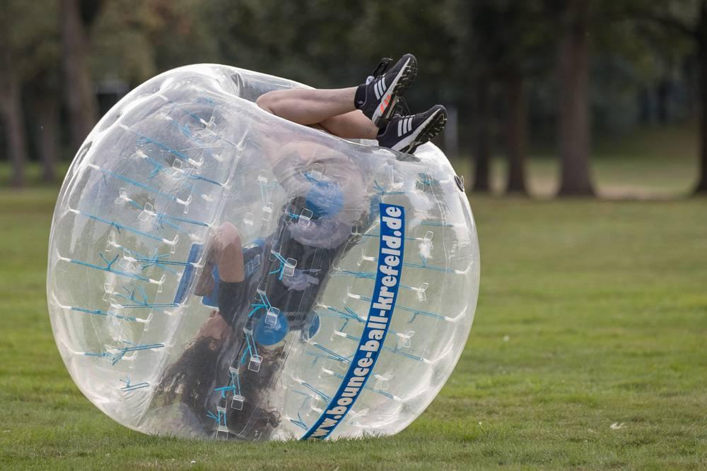 Der Neue Trendsport Jetzt Auch Am Niederrhein Bubble Ball